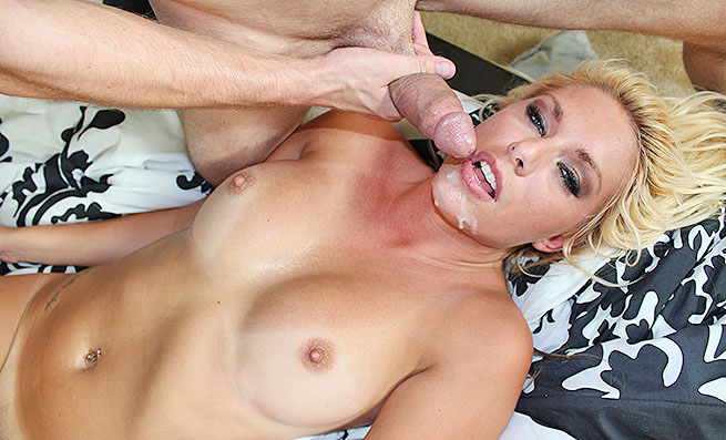 Cherry Morgan: Facial Fuck Fest